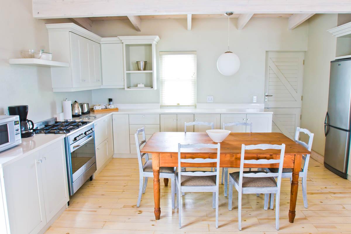 HoneyBush-Strandloper Interiors High Res 022